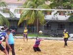 tim-voli-pasir-kalsel-sedang-berlatih-di-lapangan-gatot-subroto-sabtu-2022021-pagi.jpg