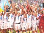 timnas-wanita-amerika-serikat-juara_20150706_151515.jpg
