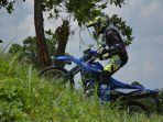 tips-riding-wr-155-r-melewati-jalur-menanjak-1.jpg