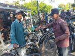 transaksi-jual-beli-sepeda-bekas-di-pasar-sepeda-kandangan.jpg