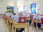 ujian-di-ruang-laboratorium-di-sit-al-khair-barabai-kabupaten-hst-provinsi-kalsel.jpg