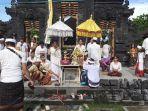 umat-hindu-upacara-tawur-kesanga-di-pura-agung-jagat-natha-banjarmasin-kalsel.jpg