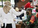 vaksinasi-covid-19-di-markas-kodim-1010rantau-kabupaten-tapin-provinsi-kalsel-20032021.jpg