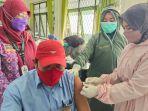 vaksinasi-covid-19-di-puskesmas-cempaka-banjarmasin1.jpg