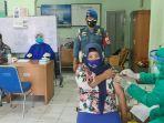 vaksinasi-covid-19-untuk-masyarakat-umum-di-balai-pengobatan-tni-al-lanal-banjarmasin.jpg