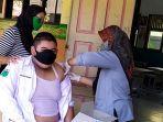 vaksinasi-hari-pertama-khusus-siswa-di-smpn-9-banjarmasin-2.jpg