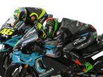 valentino-rossi-dan-franco-morbidelli-petronas-yamaha-sepang-racing-team-motogp-2021.jpg