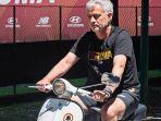 vespa-jose-mourinho-as-roma-liga-italia.jpg
