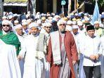 wabup-hss-peci-hitam-bersama-para-habaibdari-makkah-didampingi-guru-syairaji.jpg