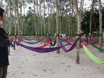 wahana-hammock-di-wisata-taman-sapana-tabalong-kalsel.jpg