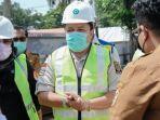 waket-komisi-iii-dprd-kalsel-m-rosehan-nb-tinjau-jembatan-pabahanan-kabupaten-tala-30032021.jpg