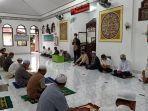 wakil-bupati-batola-h-rahmadian-noor-di-peringatan-nuzulul-quran-masjid-al-istiqamah-marabahan.jpg