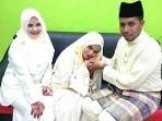 wanita-ikhlas-dipoligami-facebook-akun-lela-qaseh-arrayyan-arfan_20180710_143404.jpg