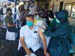 warga-banjarmasin-barat-menerima-suntikan-vaksinasi-covid-19.jpg