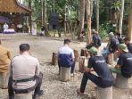warga-desa-balida-ikuti-kegiatan-sosialisasi-p4gn-oleh-bnn-kabupaten-balangan.jpg