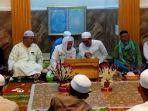 warga-padati-langgar-al-hikmah-peringati-maulid-nabi-muhammad-saw.jpg