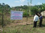 warga-rt-05-kelurahan-loa-ipuh-darat-memasang-plang-bertuliskan-mendukung.jpg