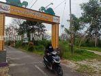 wisata-kalsel-gerbang-sungai-biyuku-di-kelurahan-sungai-banjarmasin-sabtu-17072021.jpg