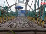 wisata-kalsel-jembatan-warna-warni-di-sungai-biuku-kelurahan-sungai-andai-banjarmasin-17072021.jpg