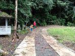wisata-kalsel-pengunjung-di-goa-liang-bangkai-dukuh-rejo-mantewe-tanbu-26082021.jpg
