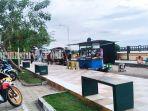 wisata-kalteng-penjual-makanan-di-taman-sumbu-kurung-kabupaten-pulang-pisau-sabtu-14082021.jpg