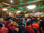 wisuda-univeristas-muhammadiyah-banjarmasin_20170308_094610.jpg