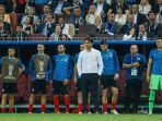 zlako-dalic-baju-putih-memerhatikan-pertandingan-kroasia-vs-inggris_20180712_072753.jpg