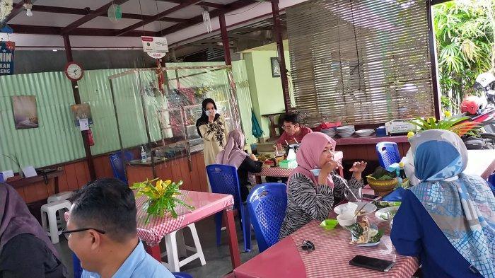 Masakan Depot Neng Yasmin Sering Dibawa ke Luar Daerah
