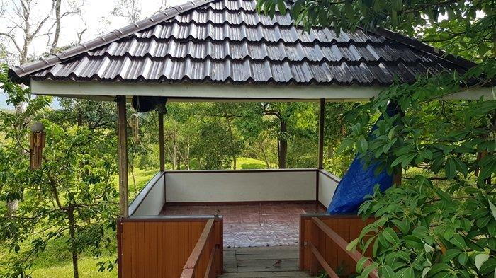 Dua unit gazebo melengkapi fasilitas Taman Permana Pelaihari Wisata Kalsel di Kabupaten Tanahalaut.