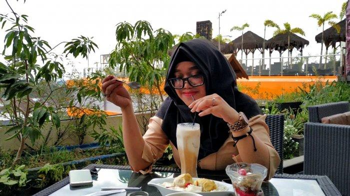 Nikmatnya Menyeruput Hot Caramel Machiato, Minuman Best Seller Dafam Q Hotel Banjarbaru
