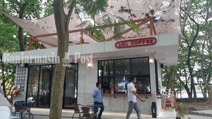 Dibuat Kafe, Kawasan Hutan Kota Ini Makin Nyaman