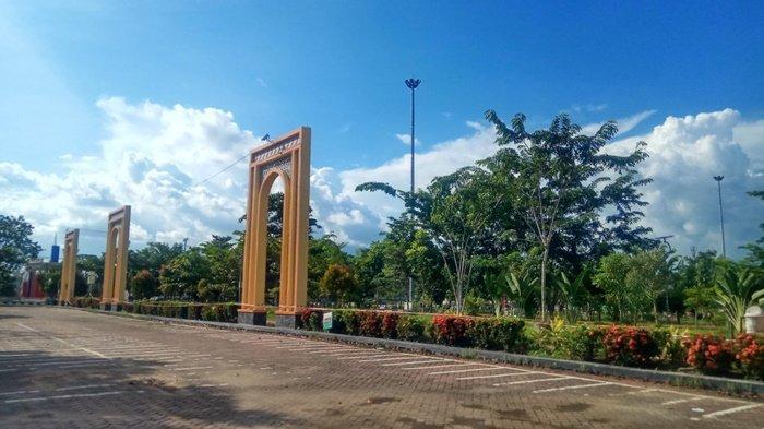Tempat Asyik Bersantai dengan Keluarga, Tanjung Bersinar Park Juga Cocok untuk Joging