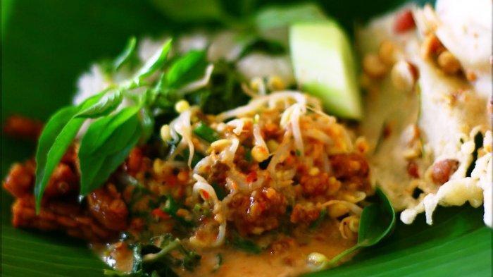 Rekomendasi Kuliner Malam di Solo, Coba Sate Kere Yu Rebi