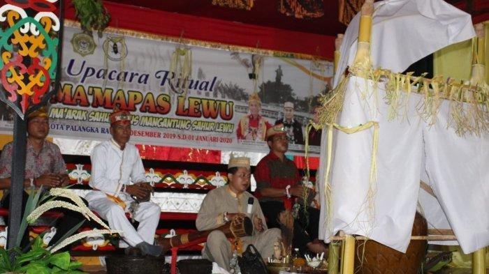 Uniknya Ritual Dayak Kalimantan Tengah Menyambut Tahun Baru 2020, untuk Menjaga Kota Palangkaraya