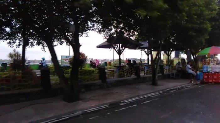 Wisata KaltengTaman Danau Mare  kawasan Dermaga KP3 Kapuas, Kalimantan Tengah.