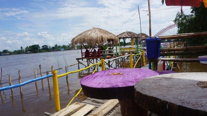 Wisata Kalsel, Santai di Lampau Rumpiang, Bisa Bawa Pulang Souvenir Khas Batola