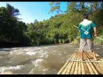 suasana-bamboo-rafting-di-sungai-amandit-afsfa.jpg