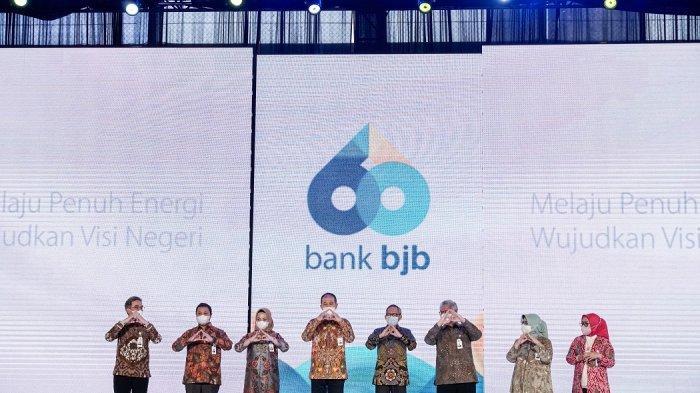 60 Tahun bank bjb, Melahirkan Berbagai Inovasi Produk, termasuk Mengembangkan Digital Banking
