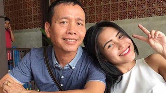 Ayu Ting Ting Dilaporkan Balik Haters Berinisial KD ke Polisi, Ayah Rozak : Emangnya Dia Siapa?