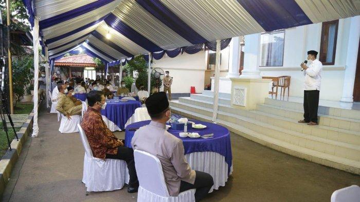 Ingatkan ASN soal Kewajiban Bayar Zakat, Gubernur Banten: di Mana Kita Tinggal, di Situ Kita Bayar