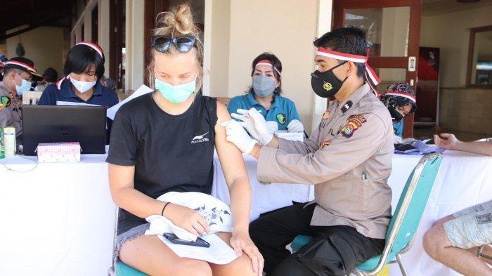 Melihat Pemberian Vaksin Bagi Turis Asing di Kawasan Wisata Gili Trawangan, Syarat Masuk Destinasi