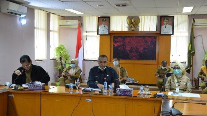 Rumah Sakit Nyaris Penuh, Ahmed Zaki Iskandar Perketat PSBB di Kabupaten Tangerang