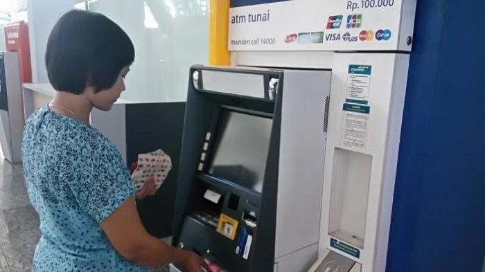 Mulai Hari Ini Bank Mandiri Tambah Limit Tarik Tunai di ATM di ATM Jadi Rp 20 Juta