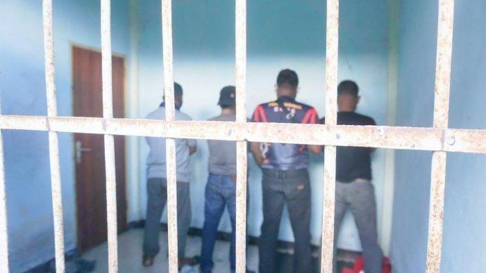 Anggota Satpol PP Kabupaten Ende menjalani hukuman 14 hari kurungan di sel di belakang kantor Satpol PP Ende, Jumat (16/7/2021), setelah adanya pesta miras 28 anggota Satpol PP viral di media sosial.