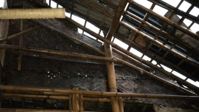 42 Rumah Rusak Diterjang Angin Puting Beliung di Pakuhaji Tangerang