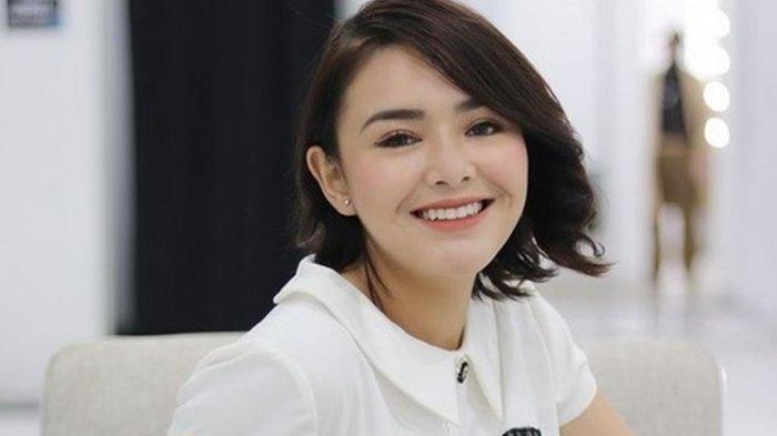 Semakin Populer, Amanda Manopo Menangkan Penghargaan Acara Indonesia's Beautiful Women 2021
