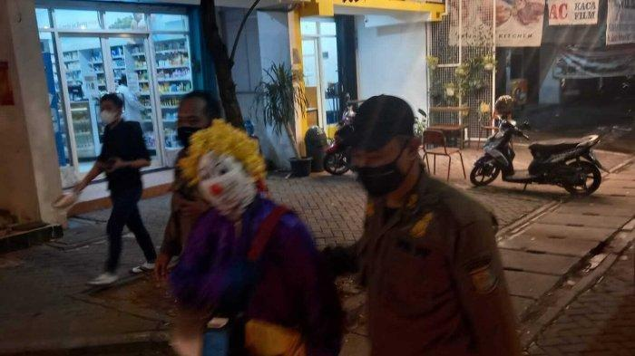Selain Manusia Silver & Pengemis, Badut Jalanan di Tangsel Ikut Terjaring Razia Satpol PP