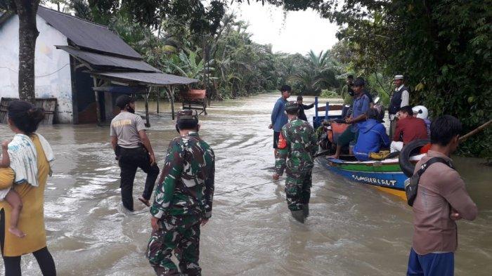 Diguyur Hujan Seharian, Sejumlah Desa di Pandeglang Terendam Banjir