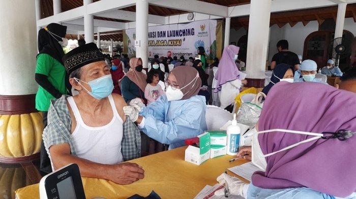477 Santri dan Kiai Banten Divaksin Covid-19 Dosis Kedua