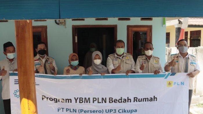 YBM PLN UID Banten Resmikan Bedah Rumah, Penerima: Alhamdulillah Semoga Kebaikan PLN Dibalas Allah